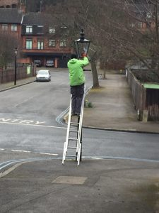 Resetting timer on gas lamp (Credit: Mike Hallam)